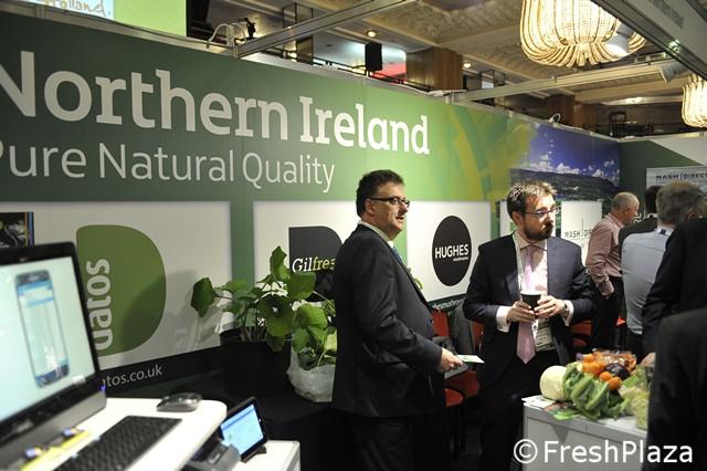 agricoltore sito di incontri Irlanda del Nord uscire con il vostro coniuge di nuovo